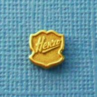 1 PIN'S //  ** HENZO / ALBUM PHOTO ** - Fotografie