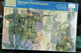 Modèle Réduit ITALERI 1/72 German PARATROOPERS  N°6045 - Militaria