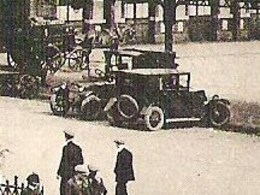 VICHY La Gare Envoyée 1935   Ancien Voitures / Classic Cars - Vichy