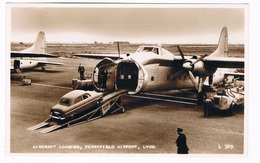 VV-513  LYDD : FERRYFIELD AIRPORT - Aircraft Loading - Aerodromi