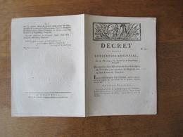 DECRET DE LA CONVENTION NATIONALE DU 30 MAI 1793 QUI REUNIT LES DEUX ESCADRONS DE CAVALERIE LEGERE DU CALVADOS AU REGIME - Decretos & Leyes