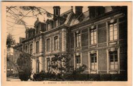 31ksps 149 CPA - YVETOT - ECOLE PENSIONNAT DE GARCONS - Yvetot