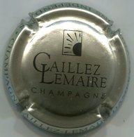 CAPSULE-CHAMPAGNE CAILLEZ LEMAIRE N°09c Grège Et Noir - Autres
