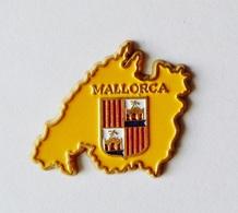 Pin's Carte Ile Mallorca Majorque Espagne - 49R - Steden