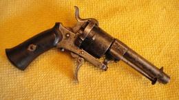 Revolver A Broche 7mm - Decotatieve Wapens