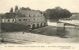55 VERDUN  - DEBARRAS SUR LE  STOCK - Verdun
