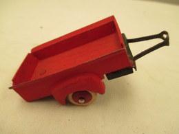 Miniature Remorque    Au 1/43 Em MECANO   Peinture  Rouge - Toy Memorabilia