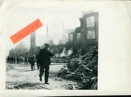 Mulhouse 68 Haut-Rhin Militaria Bombardement Gare Du Nord 25.05.1944 Format (19x13.5) En L'état - Fotos