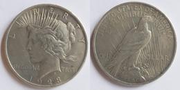 United States 1 Dollar, 1923 Peace Dollar KM # 150 - Émissions Fédérales