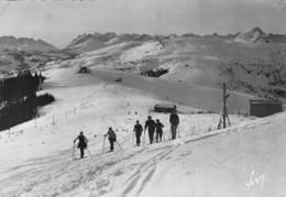 LES HOUCHES - Vue Sur Le Col De Voza Et Bellevue - (skieurs ) - Les Houches