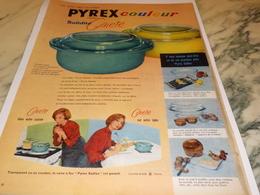 ANCIENNE PUBLICITE SOLIDITE GAIETE COULEUR PYREX 1958 - Affiches