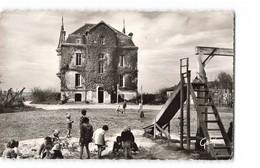 14 Asnelles Sur Mer Chateau Des Tourelles Vu Du Parc CPSM PF Cachet Asnelles 1957 - Other Municipalities