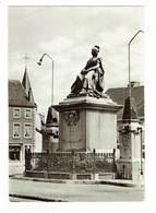 BELGIQUE PHILIPPEVILLE Statue De Marie Louise Plan Pas Courant - Philippeville