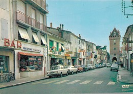 47 - VILLENEUVE SUR LOT / RUE DE PARIS - COMMERCE - AUTOS - Villeneuve Sur Lot