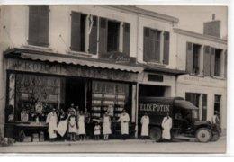 Saint-Gilles-La Famille Vilain Devant Sa Boutique Felix Potin-carte Photo - Saint Gilles Croix De Vie