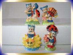 Petites Coccinelles II ... 4 Fèves... Ref AFF : 126-2005 ...( Pan 005 ) - Animaux