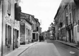 LAPLUME - La Grande Rue - Hôtel-Café-Restaurant De La Paix - Restaurant Du Centre - Autres Communes