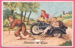 Cp Système 10 Vues - Leporello - Souvenir De Lyon - Moto - Side Car - Chien - Femme Et Enfants - Multivues - Lyon