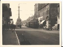 Belle Photo - Marseille - Tramway Rue Rome Et Place Castellane En 1957 Auto Voiture Train Chemin De Fer Bouches Du Rhône - Luoghi