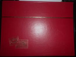 Album Grand Format Fond Noir 16 Pages  (oççasion Tres Bon Etat ) - Groß, Grund Schwarz