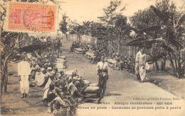 Haut Niger - Caravane De Porteurs Prête à Partir - Niger