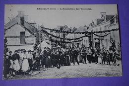 CPA 36 REUILLY L'Assemblée Des Trottoirs TOP ANIMEE RARE PLAN Canton LEVROUX - Autres Communes