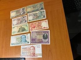 LOT DE 9 BILLETS DU MONDE  ( Port Offert ) - Coins & Banknotes