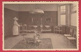 Frameries -Clinique Chirurgicale De N.D. - Salle D'opération - Infirmière Religieuse ( Voir Verso ) - Frameries