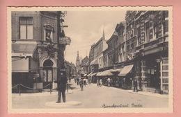 OLD POSTCARD -  NETHERLANDS - BREDA - HOTEL - POLICEMAN - Breda