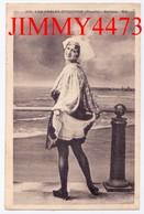 CPA - LES SABLES D' OLONNE - Une Sablaise Montrant Sa Culotte 85 Vendée - N°104 - A B - Edit. A. Bruel  Angers - Sables D'Olonne