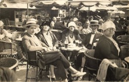 Belgique - Ostende - Carte-Photo 1925 - Un Apéritif  En Terrasse - Oostende