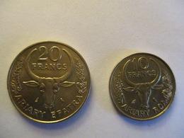 Madagascar: 10 & 20 Francs 1989 - Madagascar