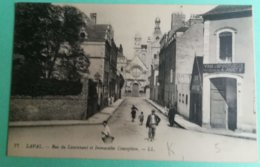 Carte Postale LAVAL - Rue Du Lieutenant Et Immaculée Conception - Laval