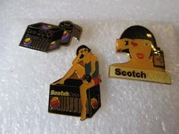 PIN'S   Lot  3  SCOTCH  COLOR - Fotografie
