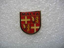 Pin's Drapeau, Embleme De MALTE (Malta) - Cities