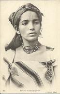 Femme Du Sud Algérien - Women