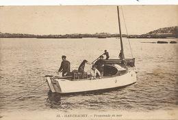 Iles Chausey Promenade En Mer . Pecheurs - Fishing