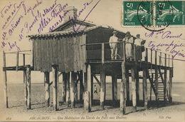 Habitation Du Garde Du Parc Aux Huitres Arcachon Ostreiculture Oysters - Pêche