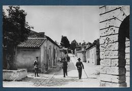BLAYE - La Citadelle - Rue Montmirail - Format Cpa - Blaye