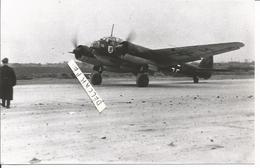 PHOTO AVION JUNKER JU 88 A-10 LG1 STAB  DE FLIEGERKRP ? IV KSS GRIEFEN A ORLEANS 1940  17X10CM - Aviation