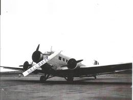PHOTO AVION ALLEMAND JUNKER JU52 DE TRANSPORT RABAT MAROC 1955  RETIRAGE 17X10CM - Aviazione
