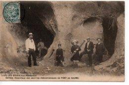 Les Eyzies-Entrée Principale Des Grottes Préhistoriques De Font De Gaume - France