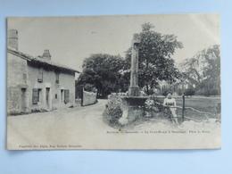C. P. A. : 38 Environs De GRENOBLE : La Croix-Rouge à SASSENAGE - Sassenage