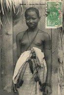 SENEGAL. - JEUNE FILLE OUOLOF - Afrique Du Sud, Est, Ouest