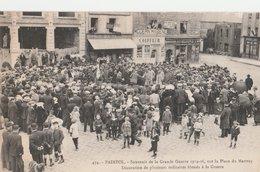 PAIMPOL (22). Souvenir De La Grande Guerre 1914-16 Sur La Place Du Martray. Décoration De Militaires Bléssés à La Guerre - Paimpol