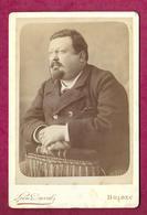 Grande PHOTO Circa 1900 De Léon DUVAL à FECAM- BOLBEC (76). HOMME Aux Petites LUNETTES..2 Scans - Personnes Anonymes