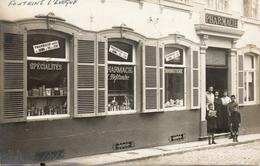2 Ième. FONTAINE L'EVEQUE. Carte-Photo. Pharmacie Deflandre. Prés De Leernes, Piéton. - Fontaine-l'Evêque