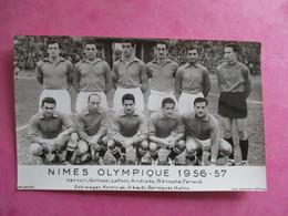 PHOTO EQUIPE DE FOOT FOOTBALLEURS 30 NIMES OLYMPIQUE 1956-57 - Sports