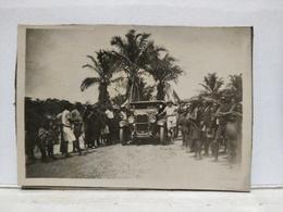Afrique. Congo Belge. Voiture. Collée Sur Carton. 6x8 Cm - Afrique