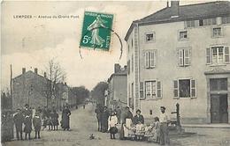43 - LEMPDES - AVENUE DU GRAND PONT - ANIMEE. - Frankrijk
